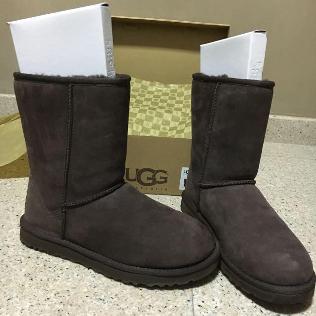 6cc57ef2397 Authentic UGG Classic Short - CHOCO