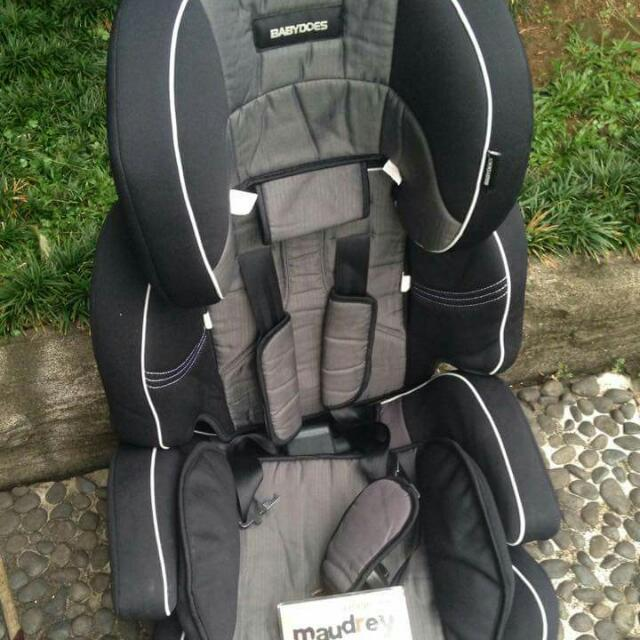 BABY DOES Carseat