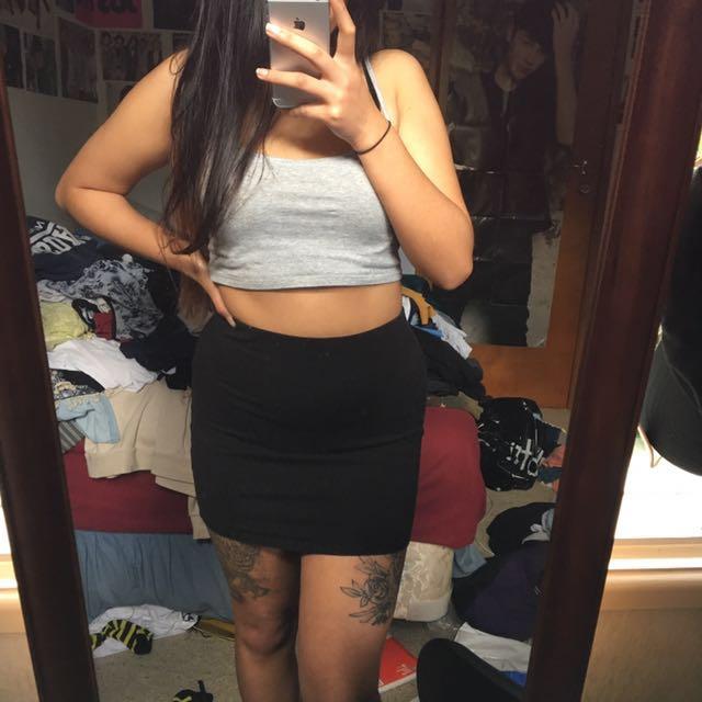 basic tight skirt