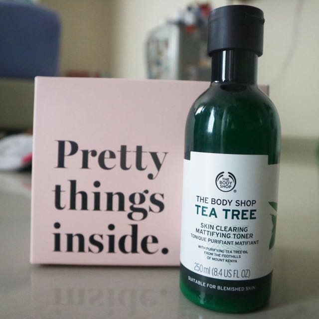 Body Shop Tea Tree - Skin Clearing Mattifying Toner