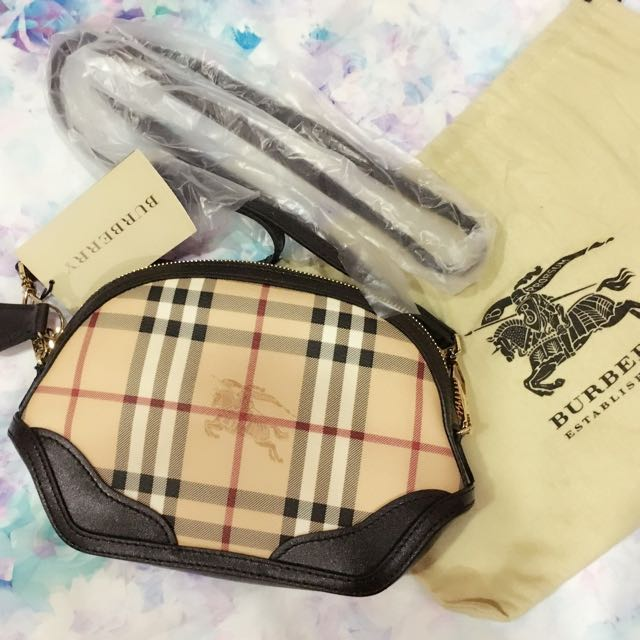 00d2fd2d3599 BURBERRY Haymarket Extra Small Orchard Crossbody