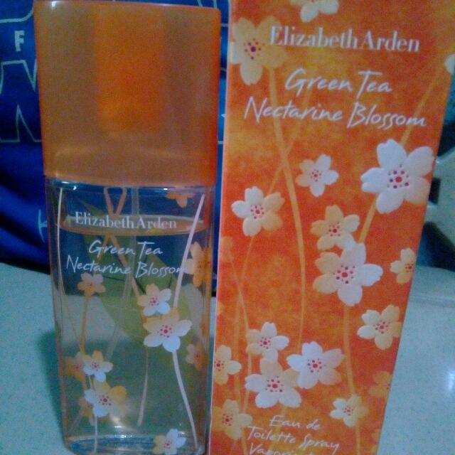 Elizabeth Arden Green Tea Nectarine Bloom