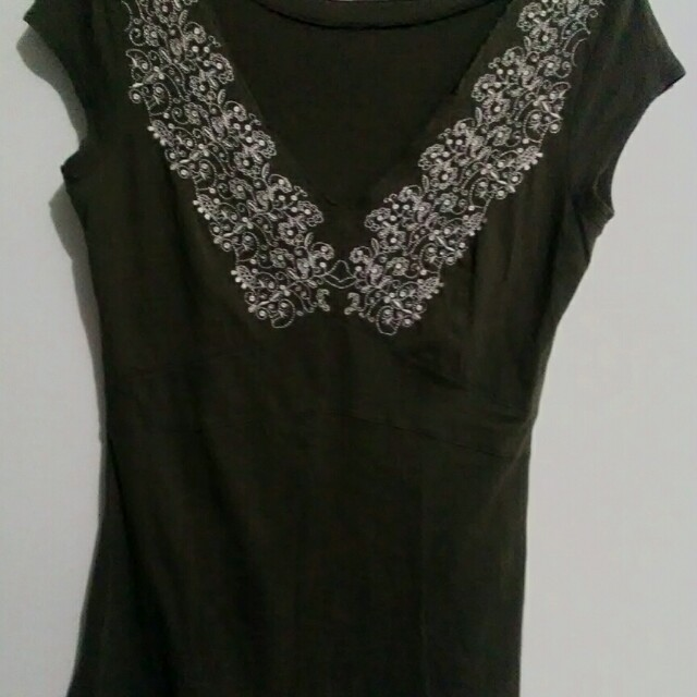 Embroidered V Neck Moss Green Top