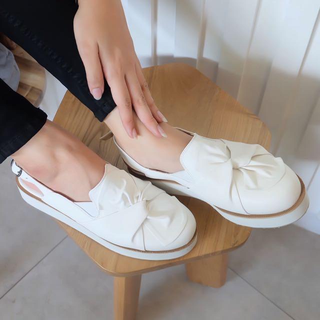 FAIREN WHITE