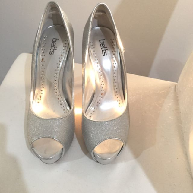 Glitter 6' inch heels (worn once) - great condition