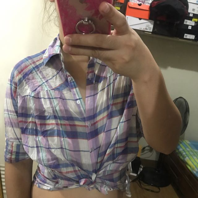 Guess plaid top