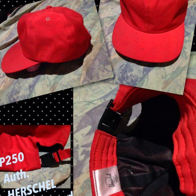 Herschel Red Cap