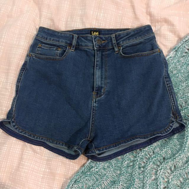 Lee shorts, universal store, general pants, dish, princess polly