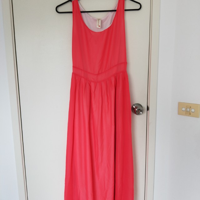 Maxi dress with lining