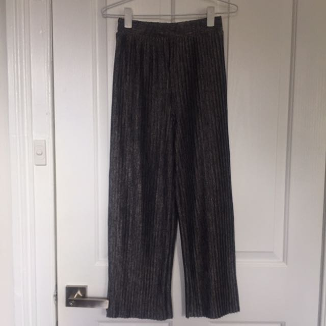 Monki Grey Pleated Culottes/wide leg pants Size XXS/6