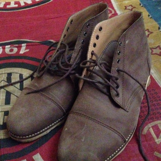 Nego! Jual borongan celana selvedge accent by smex, sendal betula size 47, boots merk reiter size 43