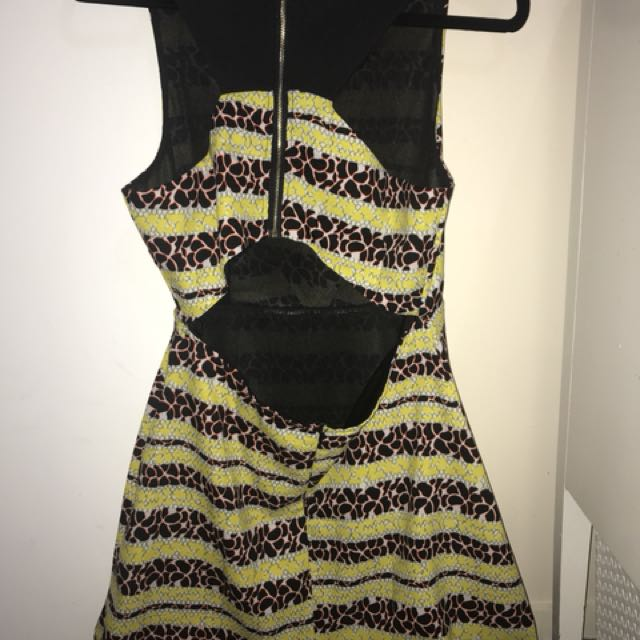 *NEW* Yellow and Black Dress - Size 12