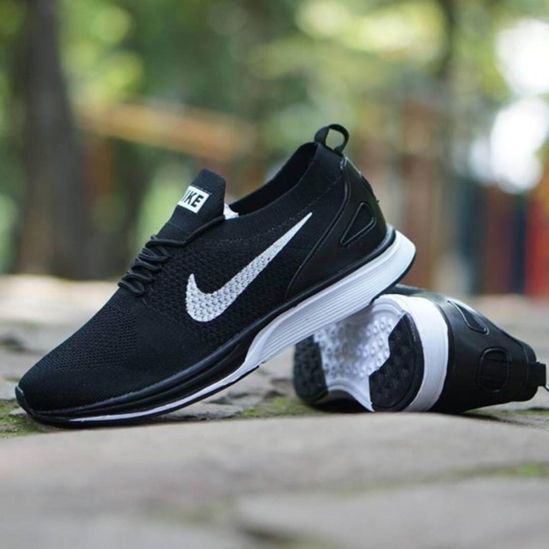 Nike racer mariah   sepatu cewe   kado cewe   sepatu jalan jalan ... eb6a1d88e6