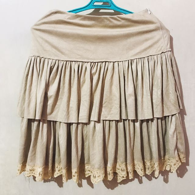 SALE: Gamuza skirt