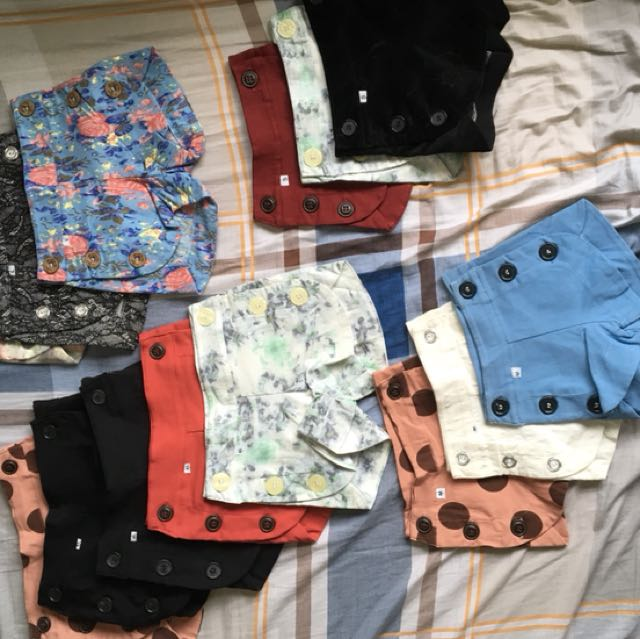 Shorts for kids Small: Php 80.00 Med: Php 85.00 Large: Php 100.00 XL: Php 110.00