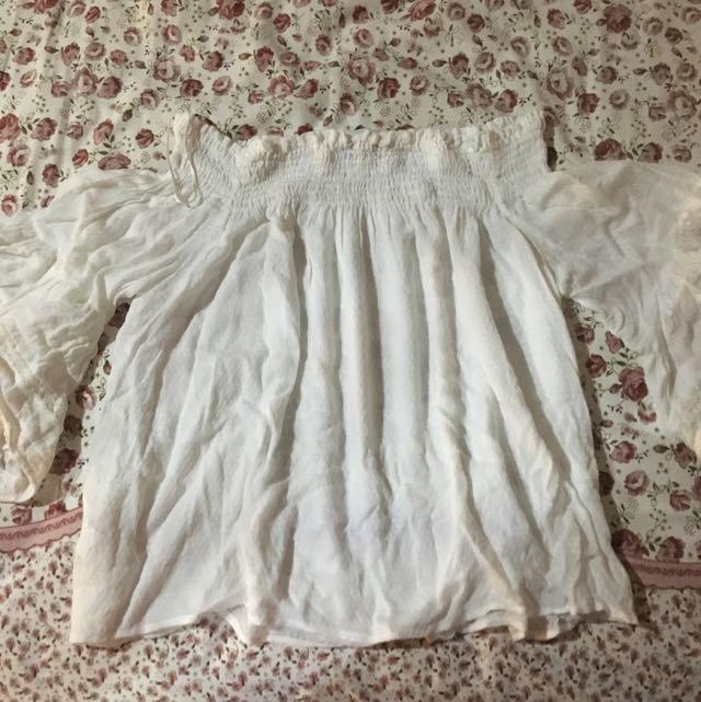 White sabrina bershka