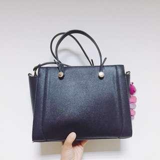 NET黑色質感硬殼斜背包 手提包