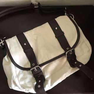 Mooloola Canvas Satchel Bag - Great condition