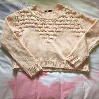 Size small Pink crop knit