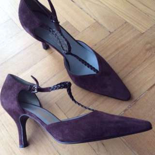 Salvatore Ferragamo Velvet Shoes, Very New never been worn!!!
