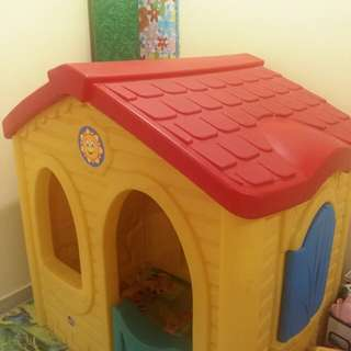 STEP2 - Sunny Tent Playhouse