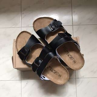BRAND NEW: Buckled Sandals