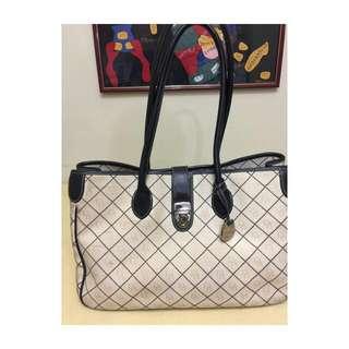 Dooney & Bourke signature monogram canvas leather trim tote bag shoulder