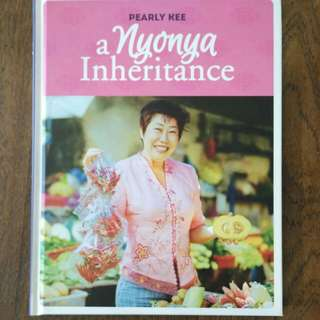 A Nyonya Heritage by Pearly Kee