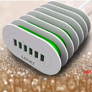 $88 - 萬用USB旅行/家用充電器 (6 USB) 四位萬用USB旅行插頭 彩盒包裝 Home Wall 6USB Power Supply Adapter Charger  6 porte USB
