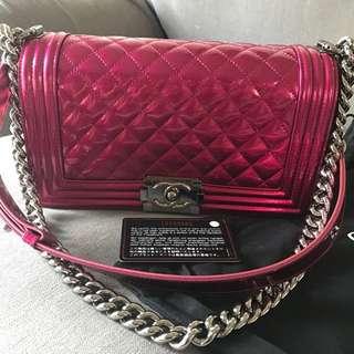 🈹最後減價🈹Chanel boy patent leather  medium size bag  手袋