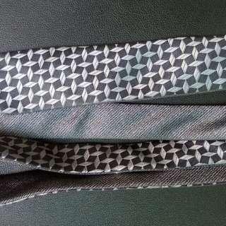 Dasi The collection Grey