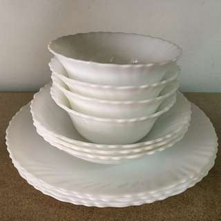 Oster Opal Scalloped Tempered Glass Radley Double Bowl Set