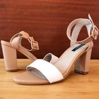 Zara 經典款 優雅一字帶裸色涼鞋 歐碼37號