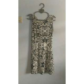 Dress Cantik Motif