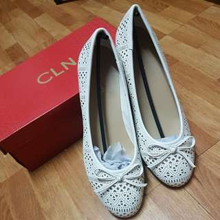 CLN Bitsy Flats White size 40