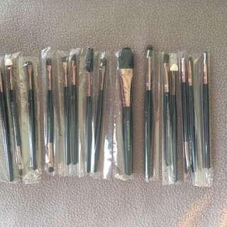 Brand new make up brushes