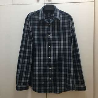 H&M long sleeved polo checkered Size Large