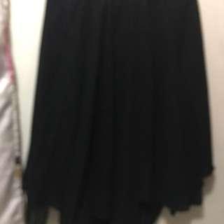 Black Skirt (L) Pre-loved