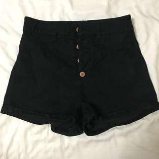 H&m black highwaist shorts