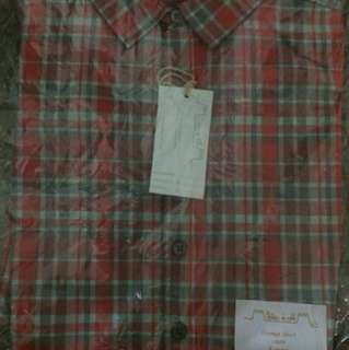 Chateau De Sable red checkered shirt 4 years *Free Delivery*