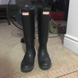 REDUCED !! Hunter boots size 6