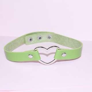 Green love choker