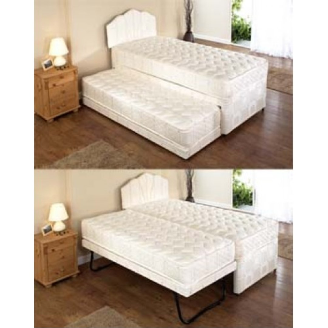 Exceptionnel 2 Single Beds Into Double Bed With Mattress And Covers, Furniture, Beds U0026  Mattresses On Carousell