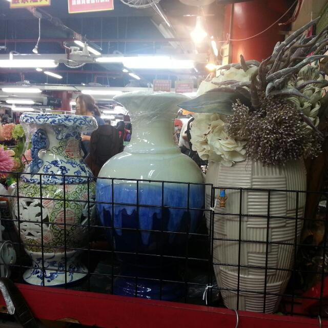 三個風格迥異的花瓶……可分售