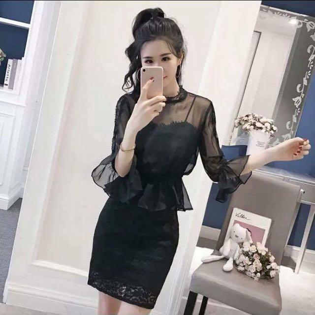 黑色蕾絲連身裙