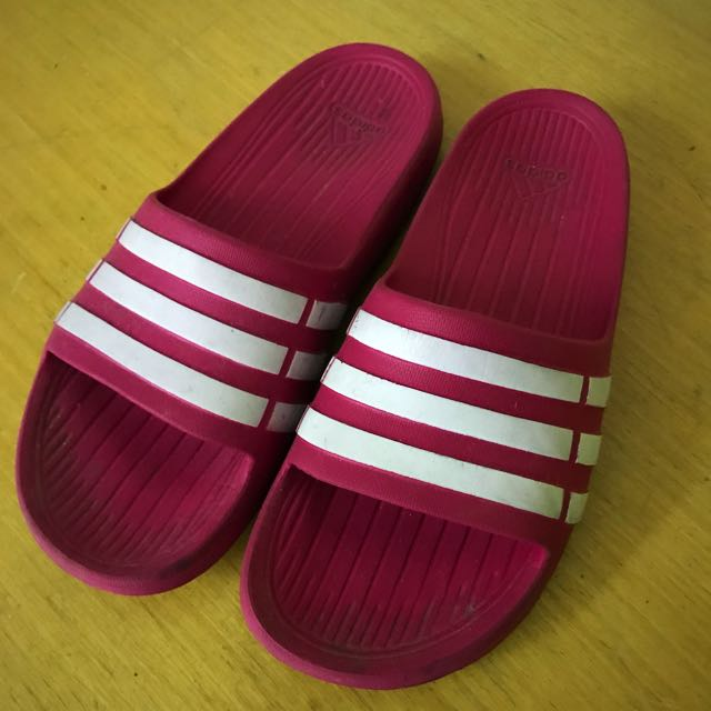 愛迪達粉紅拖鞋 正版