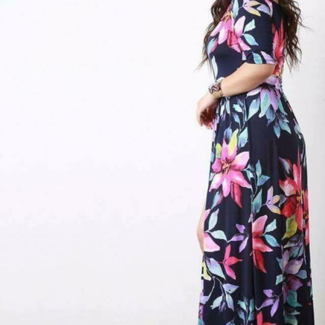 💫 💁🏻Plus Size Floral Dress