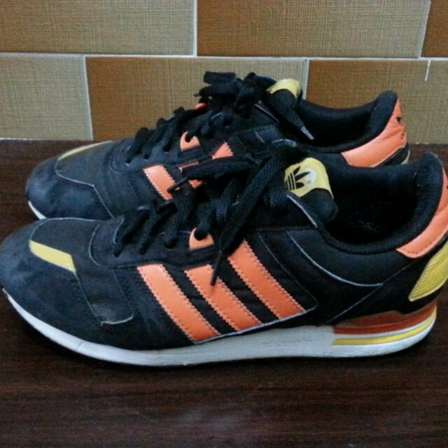 separation shoes bcdbb a1a67 (Reduced)⏬ Adidas ZX 700 Black   Orange (G96512), Men s Fashion, Footwear,  Sneakers on Carousell