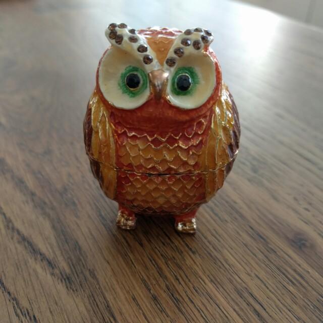 Antique owl jewellery box