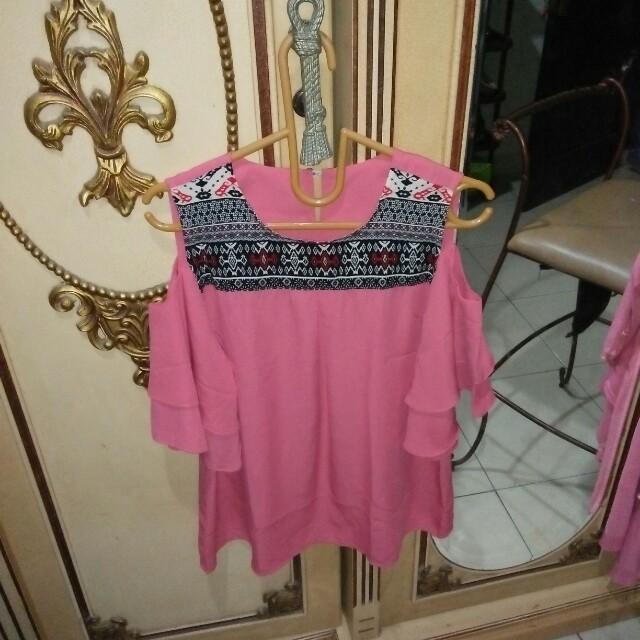 Baju shoulder off pink